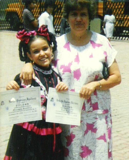 Sra. Lupita y Martha   Martha Magallanes