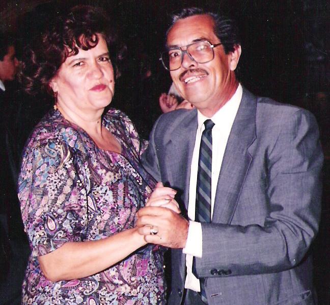 Don Luis  y  Doña Lupita Martha Magallanes